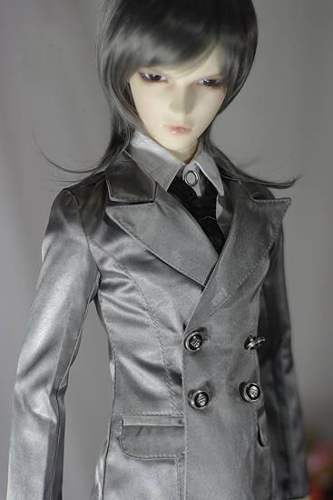 Silver-grey-suits-1.jpg