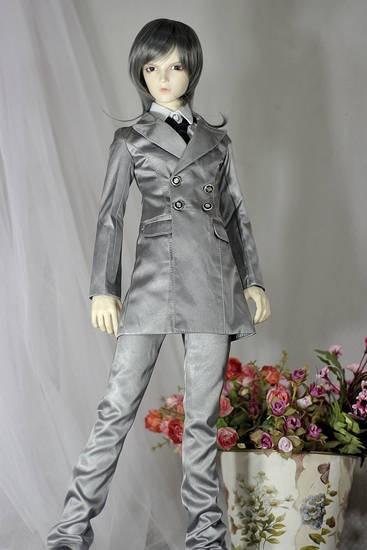 Silver-grey-suits-3.jpg