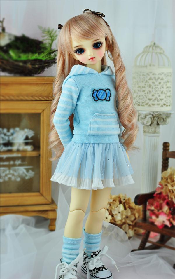 blue-skirt-1.jpg