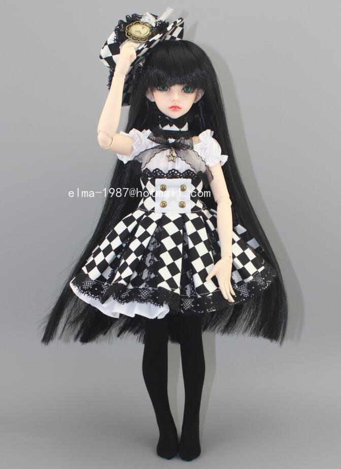 black-and-white-plaid-dress-3.jpg