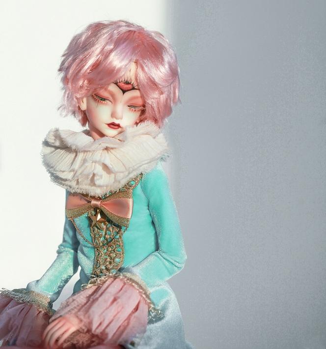 Doll-Chateau-Colin_3.jpg