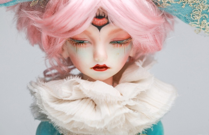 Doll-Chateau-Colin_4.jpg