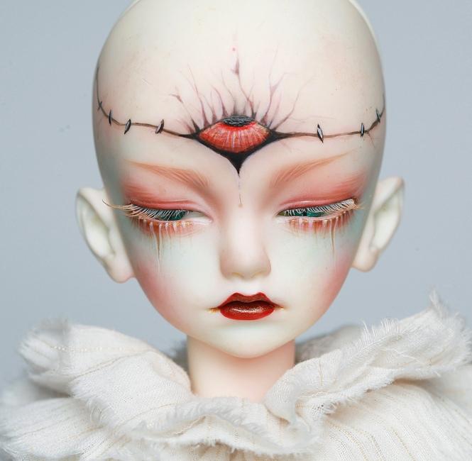 Doll-Chateau-Colin_6.jpg