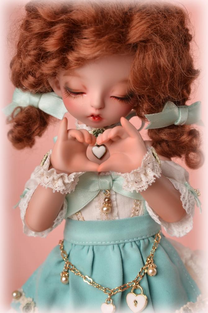 soom-BunnyHoney-Heart-Elves-4.jpg