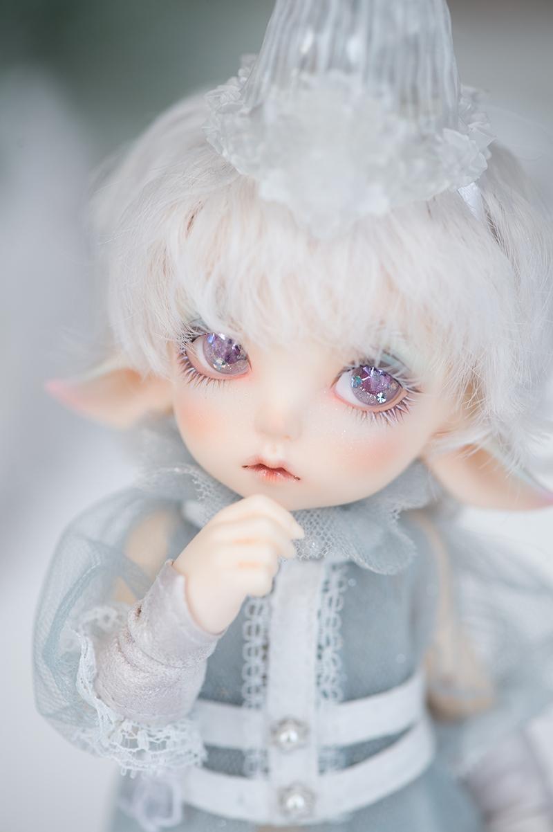 Realfee_Luna_2.jpg