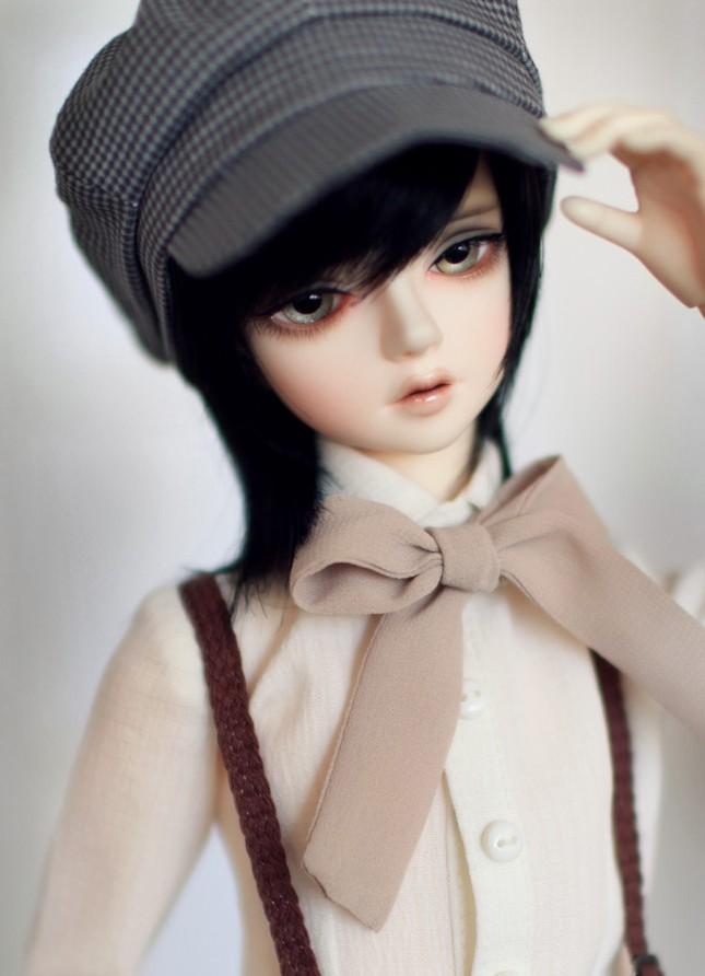 LittleMonica-Kliff_01.jpg