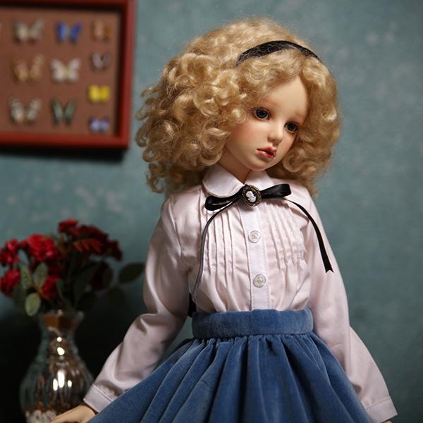 Alice_AiL-Dolls_3.jpg