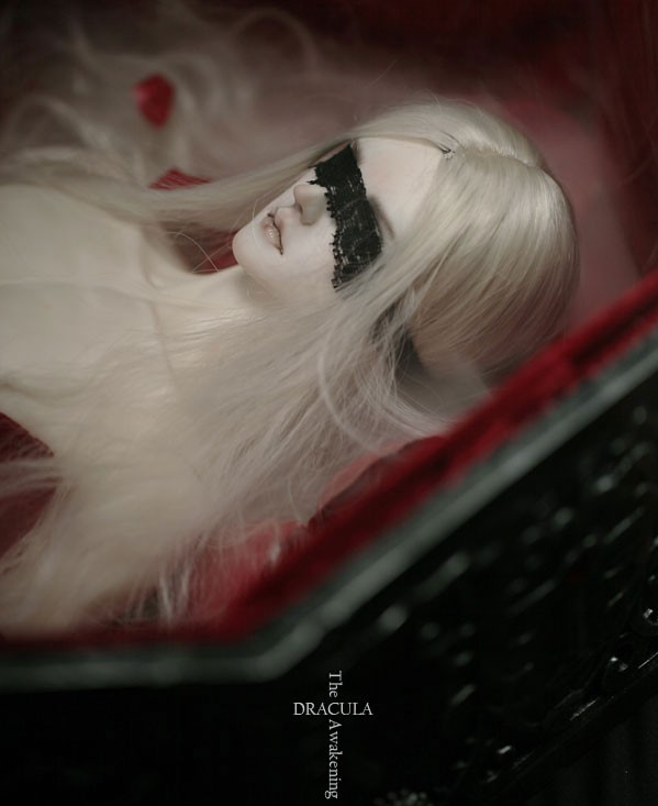 Ringdoll-Dracula_8.jpg