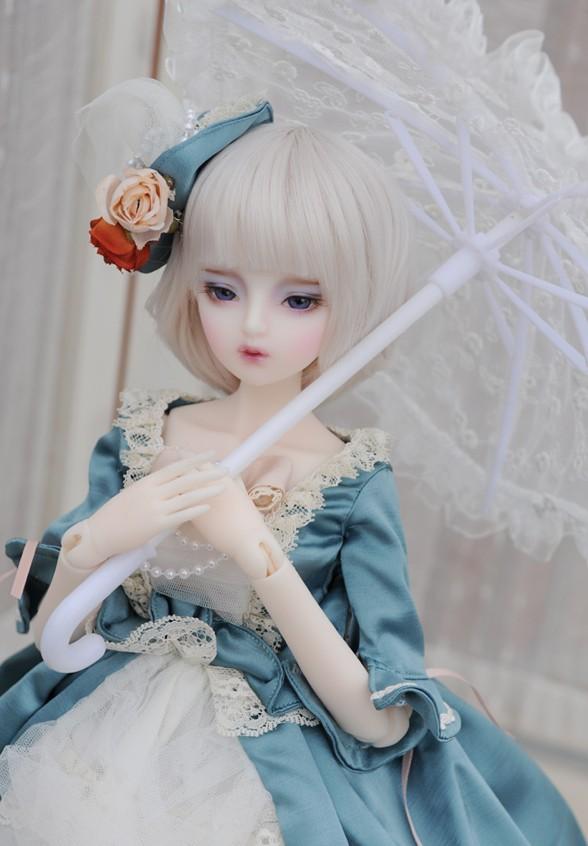dollmore-Mio_2.jpg