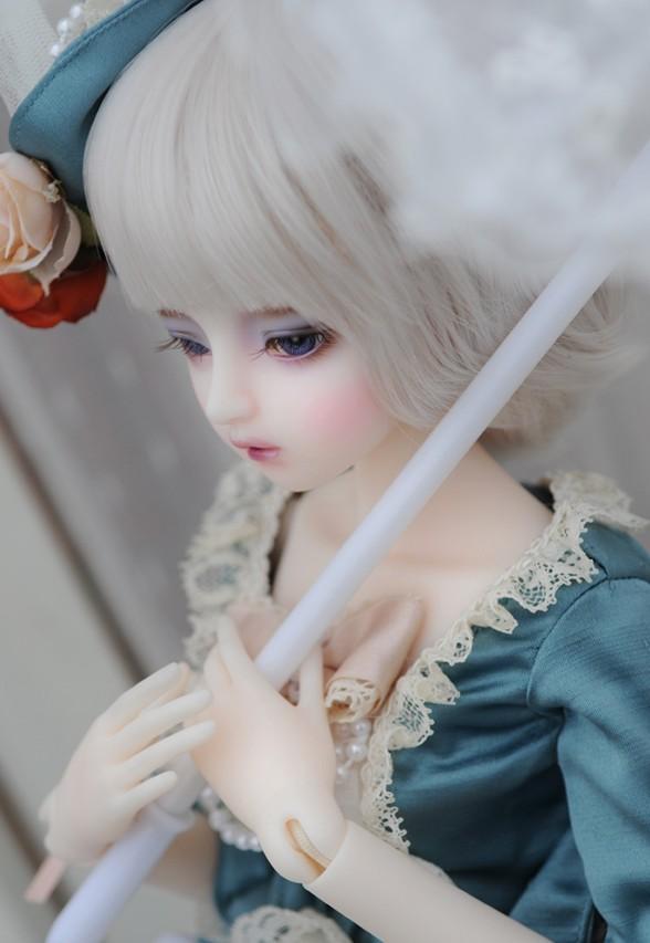 dollmore-Mio_4.jpg