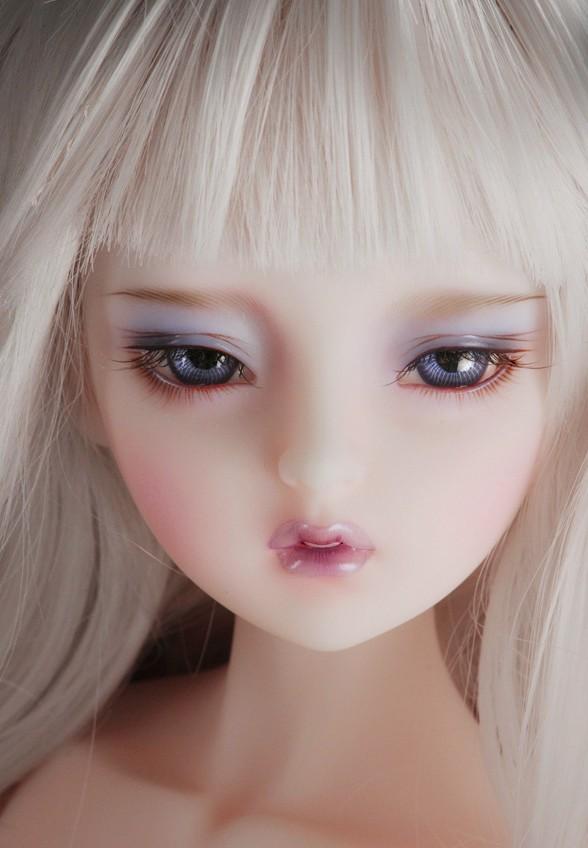 dollmore-Mio_5.jpg