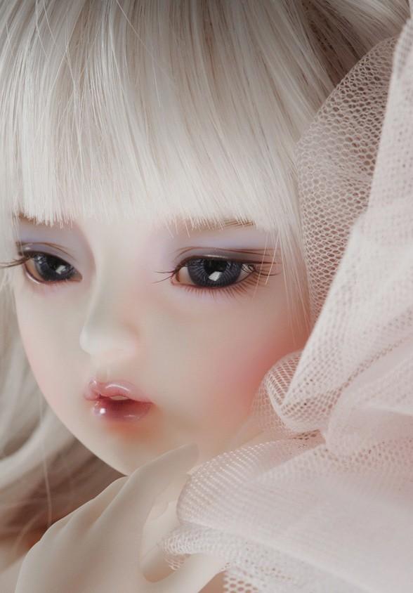 dollmore-Mio_6.jpg