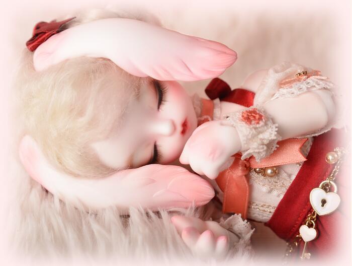 soom-BunnyHoney-sleeping-face_3.jpg