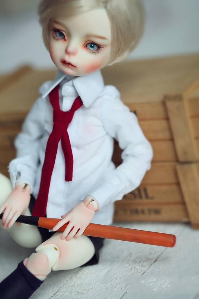 Dollzone-Evan_2.jpg