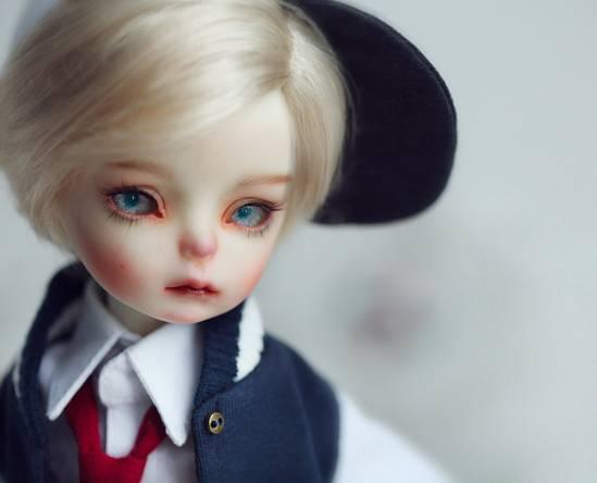Dollzone-Evan_3.jpg