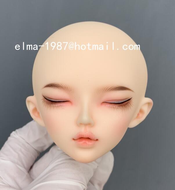 minifee-sleeping-chloe_1.jpg