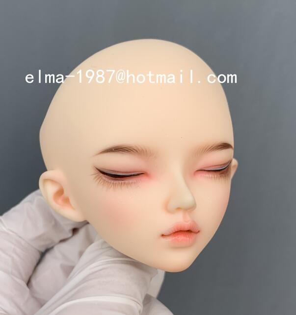 minifee-sleeping-chloe_2.jpg