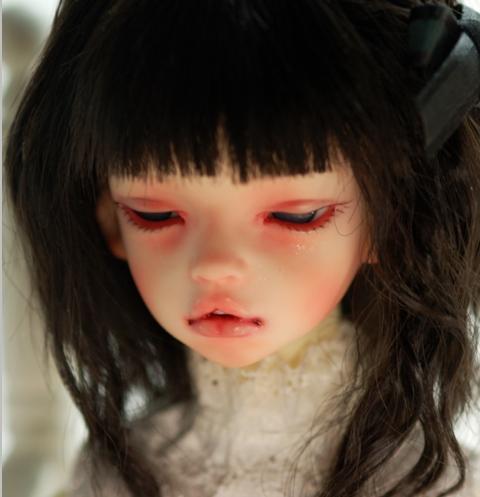 DIM-Laia-dreaming-head_2.jpg