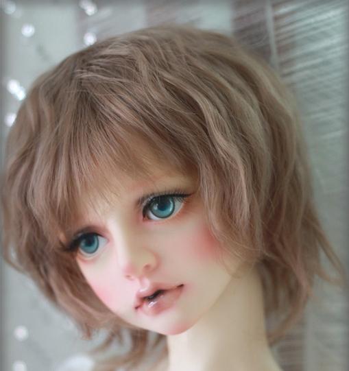 short-wig_1.jpg