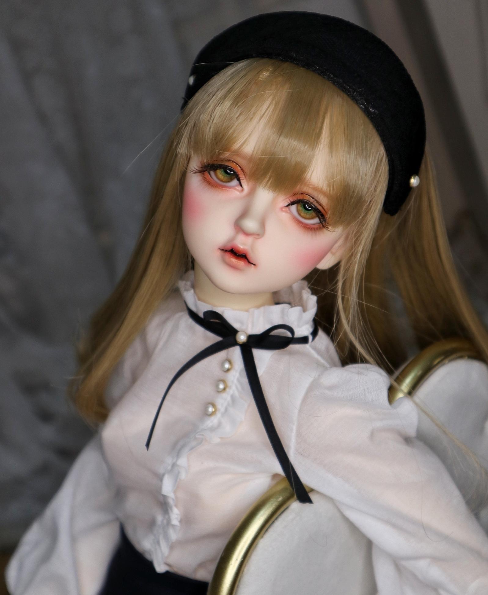 Soolee-Doll-Miu_1.jpg