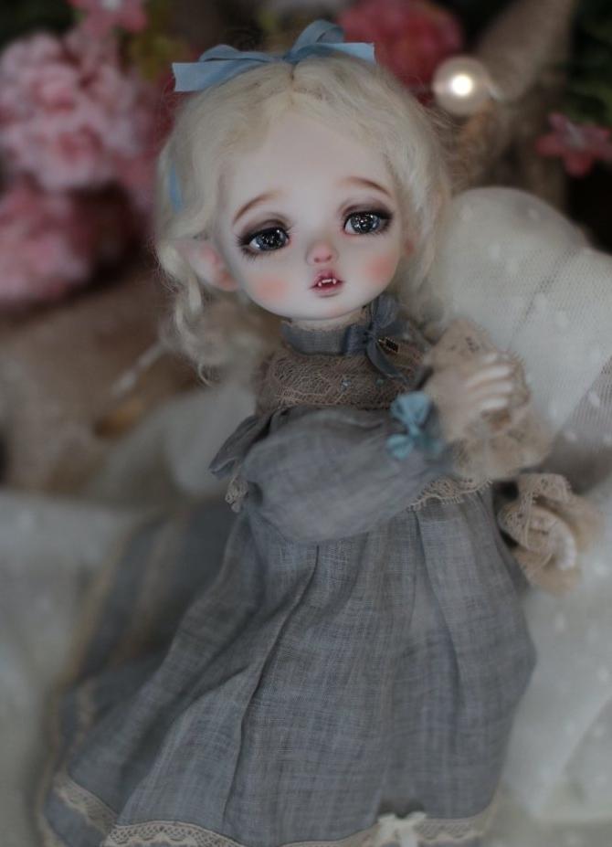 Vampire-dreaming-Lona_2.jpg